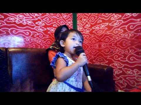 Bintang RR.A. karaoke csb