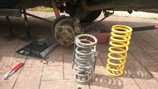 Land Rover Discovery 300tdi: Rear King Springs Install