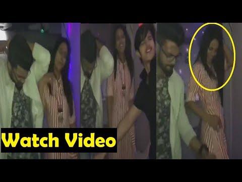 Hina's First Party After Bigboss 11|| Hina Dancing With Rocky|| Hina Khan Night Party After Bigboss