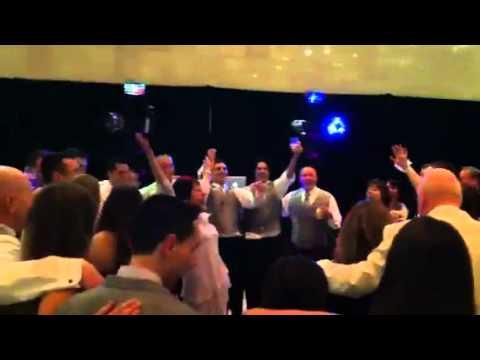 Irish wedding sing-a-long