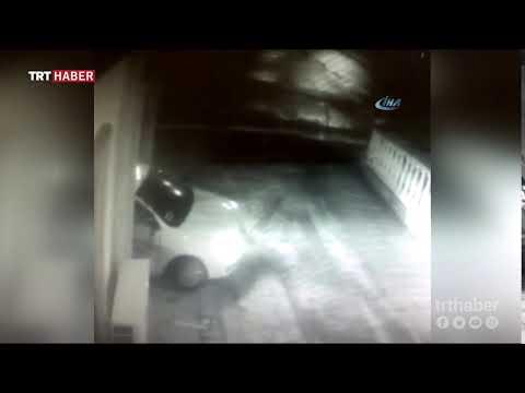Ankara Siteler'de, kontrolden çıkan bir ticari taksi lokantaya girdi.
