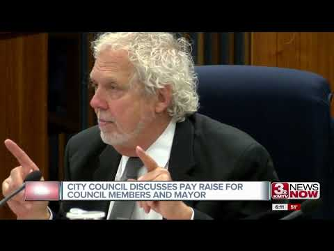 Omaha City Council discusses pay raise for council members and mayor
