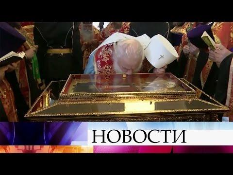 Спецрейсом изИталии вРоссию привезли мощи святого Николая Чудотворца.