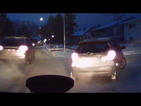 Edmonton woman attacked with crowbar in road rage incident