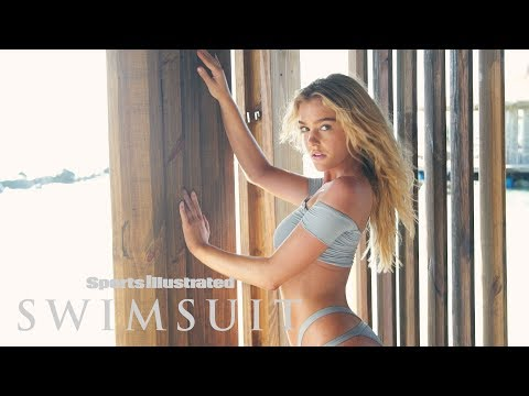 Georgia Gibbs Works It in Aruba | CANDIDS| Sports Illustrated Swimsuit
