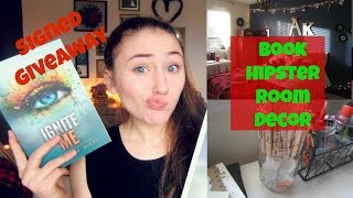 SIGNED BOOK + POSTER GIVEAWAY | &Book Hipster Christmas Tumblr Room Decor Thumbnail