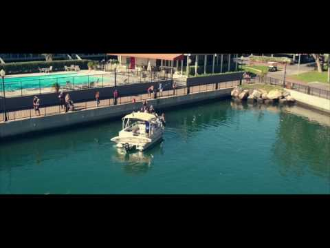 """Vivere in America """"Cleaning the Marina"""" AMERICANO"""