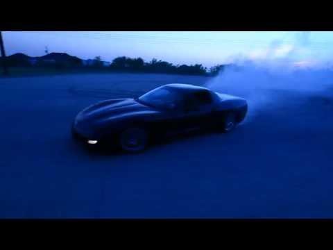 Corvette C5 burnout/donuts