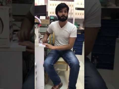 Mauka Mauka Sa Thauka Thauka Funny Song By Pakistani Boy On Pakistan Vs India Match thumbnail