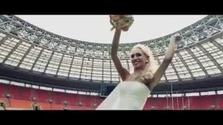 Невеста читает рэп жениху в подарок на свадьбу