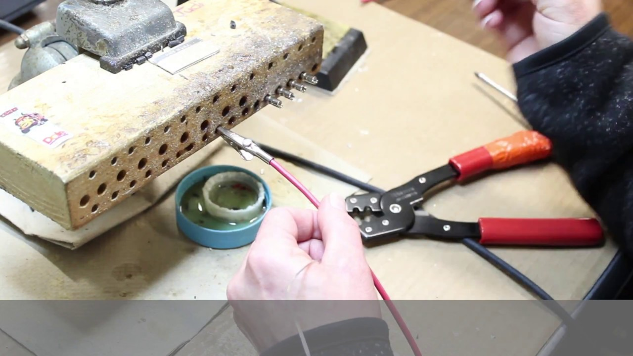 How to attach an alligator clip to a wire - 3 different ways - YouTube