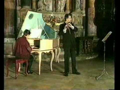 J.S. Bach - Sonata in si min. BWV 1030 Flauto: Bruno CavalloClavicembalo: Emilia Fadini