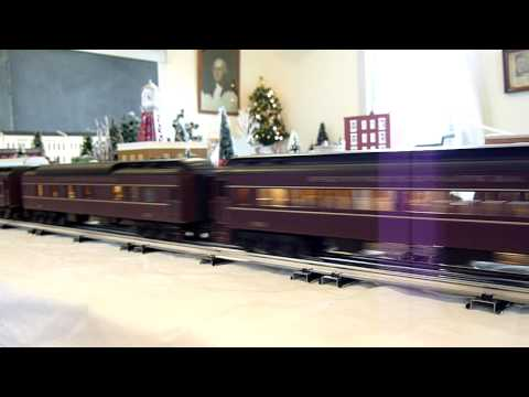 Grand Trunk Western SW9 Diesel Switchers and PRR E8 Diesels on winter train layout