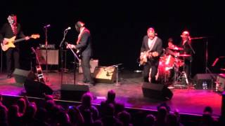 Los Straitjackets, Nick Lowe intro - I Love the sound of breaking glass