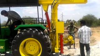 JOHN DEERE BOREWELL RIG MOUNTING AND PILING MACHINE