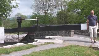 Canal holiday tips: Going through a canal lock #3
