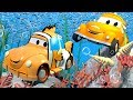 Henry is Disney Pixar Finding NEMO the fish - Tom's Paint Shop in Car City 🎨 l Cartoons for Kids