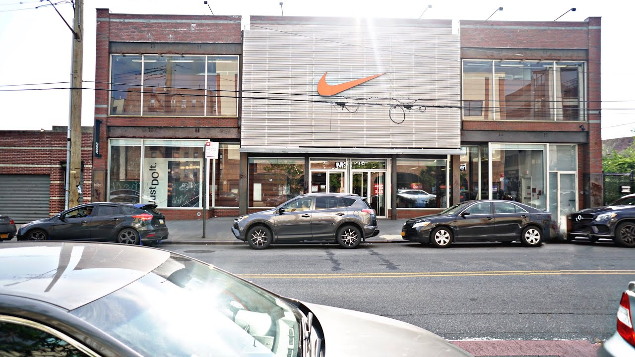 Nike Outlet in Brooklyn