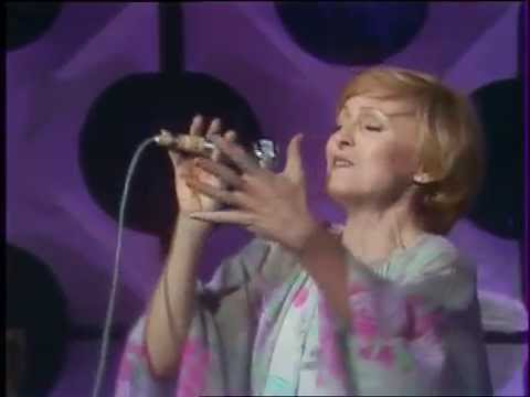 """Nicole Croisille - Ready To Take A Chance Again - """"Top Club"""" du 08.10.1978 (Antenne 2)"""