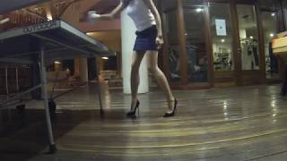 [767] Table Tennis with high heels