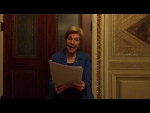 Elizabeth Warren Recites Coretta Scott King