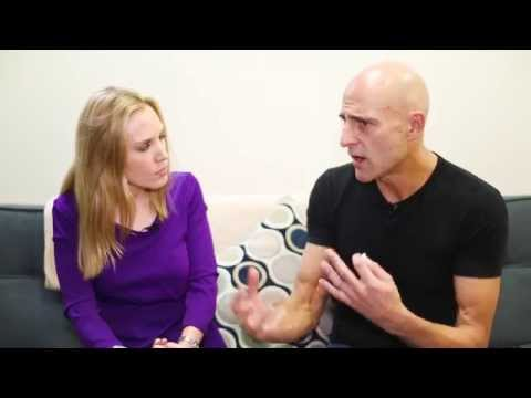 Mark Strong on His Punk Rock Past & Winning Acclaim in A VIEW FROM THE BRIDGE