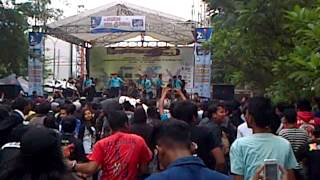 Video Tipe-X Genit live in Gunadarma (24-03-2013) download MP3, 3GP, MP4, WEBM, AVI, FLV Oktober 2018
