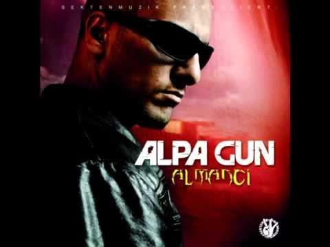 Alpa Gun ft Sido Sor Bir Bana - YouTube