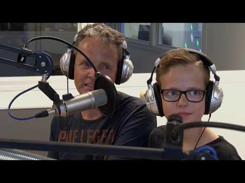 Junior DJ kampioen Thijs Buizert (12) te gast bij LINQ FM