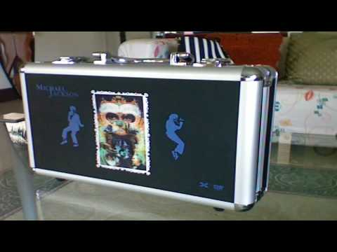 Michael Jackson Ultimate Collection 32 DVD's + 1 CD Unboxing & Infromation