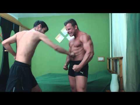 Gabriel MuscleDominus-abs punching