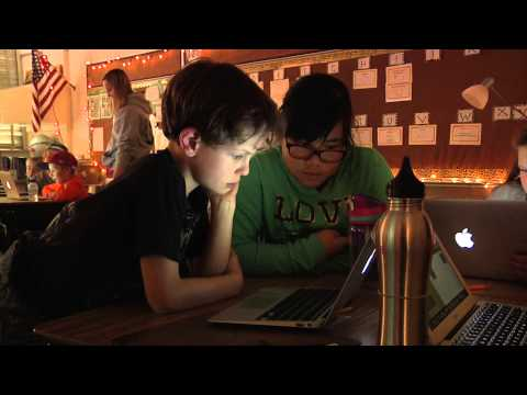 Elementary students learn computer programming