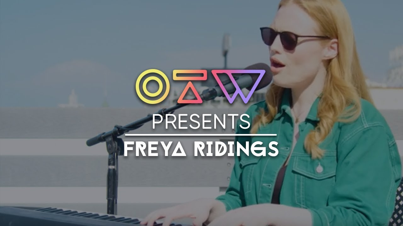 Freya Ridings Castles Music Video Is A Monochrome
