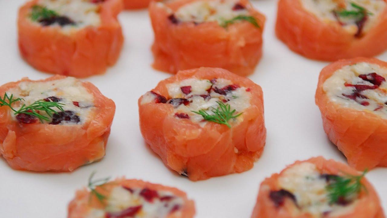 Rollitos de salm n ahumado y gorgonzola aperitivos para - Aperitivos de salmon ahumado ...