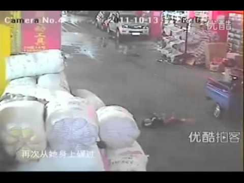 dog-vs-human-~~-2-year-old-girl-left-on-a-road,-to-die,-in-china!!