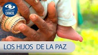 Exguerrilleras de las FARC sacan pecho y con orgullo presentan a los hijos de la paz