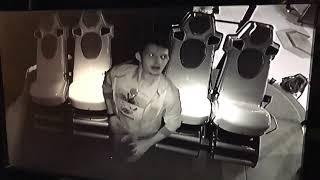 Онанист в 4D кинотеатре