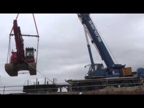 Lifting up 23 tons crane after pilebreaking #450
