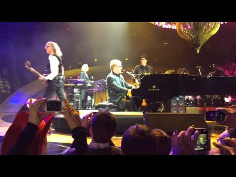 Elton John -2/8/14 - Copps Coliseum, Hamilton, ON, Canada - Saturday Night's Allright For Fighting
