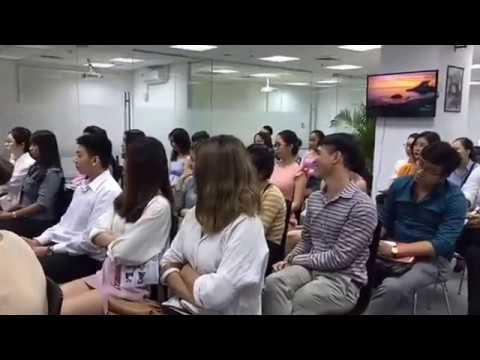 Q&A cabin crew Emirates Airline