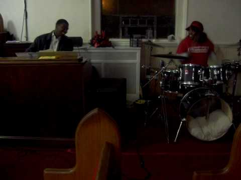 Praise Break pt2 Feat. Rell and Ladysticks...