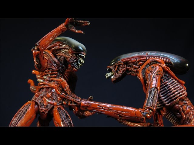 NECA ALIEN: GENOCIDE DOG (RUNNER) AND BIG CHAP (DRONE) 2