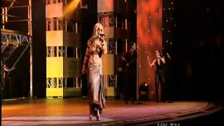 Anastacia - one day in your life (Royal Variety performance 2002)