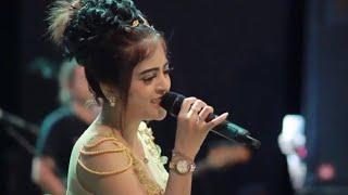 Gambar cover Mimpi Terindah - Rosita Dewi