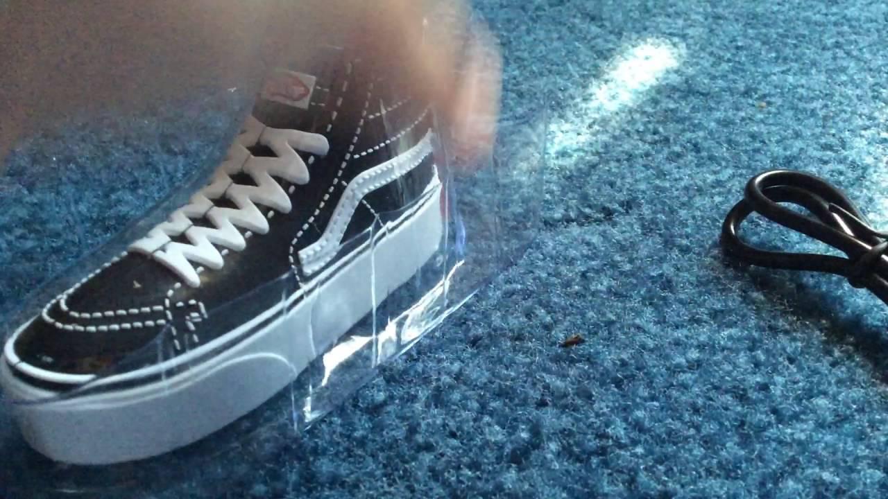 vans shoe charger