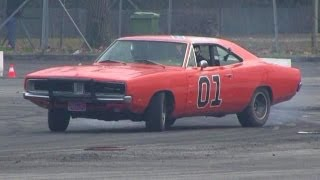 The General Lee Trying Drifting - Dodge Charger R/T Drift & SOUND!!