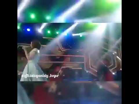 VIA VALLEN (SELINGKUH)  edisi Live DA ASIA 3 indosiar