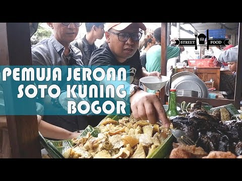 street-food-indonesia-:-soto-kuning-bogor