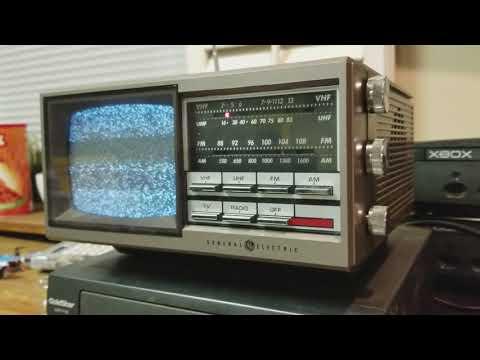 Old UHF/VHF Television Picks up Police Scanner Radio!!!