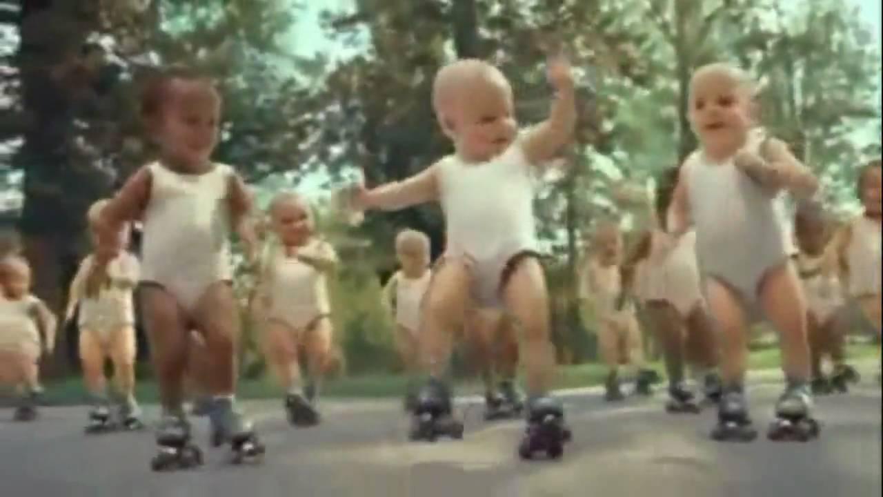 Roller skating babies - Brand New Key Hd